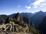Machu Picchu, Ruins Leftover from the Inca Empire, in Peru Fotografisk tryk af Michael Hanson