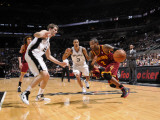 Cleveland Cavaliers  v San Antonio Spurs: Mo Williams, George Hill and Tiago Splitter Photographic Print by D. Clarke Evans