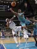 New Orleans Hornets v Dallas Mavericks: Jason Terry and Chris Paul Photographic Print by Danny Bollinger