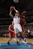 Houston Rockets v Dallas Mavericks: Jason Kidd, Kyle Lowry and Chase Budinger Photographic Print by Danny Bollinger