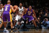Los Angeles Lakers v Washington Wizards: Andrew Bynum and Hilton Armstrong Photographic Print by Ned