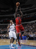 Chicago Bulls v Dallas Mavericks: Luol Deng and Caron Butler Photographic Print by Danny Bollinger