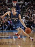 Minnesota Timberwolves v Dallas Mavericks: Luke Ridnour Photographic Print by Glenn James