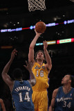 Washington Wizards v Los Angeles Lakers: Pau Gasol, Al Thornton and Javale McGee Photographic Print by Jeff