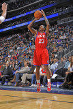 Philadelphia 76ers v New Jersey Nets: Lou Williams Photographic Print by David Dow