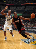 Miami Heat v Memphis Grizzlies: Chris Bosh and Darrell Arthur Photographic Print by Joe Murphy