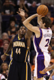 Indiana Pacers v Phoenix Suns: Goran Dragic and Solomon Jones Photographic Print by Christian Petersen