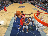 Philadelphia 76ers v New Jersey Nets: Jrue Holiday Photographic Print by David Dow