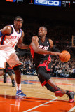 Miami Heat v New York Knicks: Dwyane Wade and Amar'e Stoudemire Photographic Print by Nathaniel S. Butler