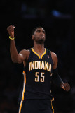 Indiana Pacers v Los Angeles Lakers: Roy Hibbert Photographie par Jeff Gross