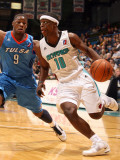 Tulsa 66ers v Sioux Falls Skyforce: Jonny Flynn and Tweety Carter Photographic Print by Dave Eggen