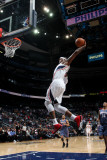 Charlotte Bobcats v Atlanta Hawks: Josh Smith Fotografisk tryk af Scott Cunningham