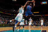 Detroit Pistons v New Orleans Hornets: Rodney Stuckey and Willie Green Photographic Print by  Chris