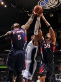 Atlanta Hawks v Orlando Magic: Josh Smith, Etan Thomas and Dwight Howard Photographic Print by Fernando Medina