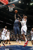 Charlotte Bobcats v Atlanta Hawks: Kwame Brown and Maurice Evans Photographic Print by Scott Cunningham