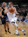 Utah Jazz v Dallas Mavericks: Jose Juan Barea and Deron Williams Photographic Print by Glenn James