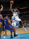 New York Knicks v New Orleans Hornets: Marcus Thornton and Shawne Williams Photographic Print by Layne Murdoch