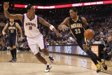 Indiana Pacers v Phoenix Suns: Danny Granger and Channing Frye Photographic Print by Christian Petersen