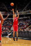 Houston Rockets v Sacramento Kings: Kevin Martin Photographic Print by Rocky Widner