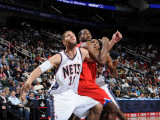 Philadelphia 76ers v New Jersey Nets: Brook Lopez and Elton Brand Photographic Print by David Dow