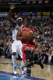 Chicago Bulls v Dallas Mavericks: Derrick Rose and Jason Terry Photographic Print by Danny Bollinger