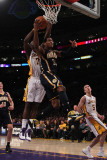 Indiana Pacers v Los Angeles Lakers: Danny Granger and Lamar Odom Photographie par Jeff Gross