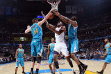 New Orleans Hornets v Oklahoma City Thunder: XX and XX Photographic Print by Layne Murdoch