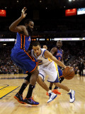 New York Knicks v Golden State Warriors: Stephen Curry and Ronny Turiaf Photographic Print by Ezra Shaw