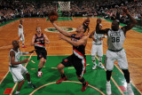 Portland Trail Blazers v Boston Celtics: Brandon Roy and Shaquille O'Neal Photographic Print by Brian Babineau