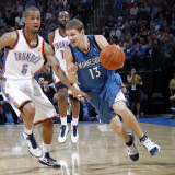 Minnesota Timberwolves v Oklahoma City Thunder: Luke Ridnour and Eric Maynor Photographic Print by Layne Murdoch