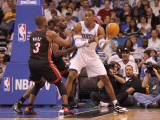 Miami Heat v Orlando Magic: Dwight Howard and Dwyane Wade Photographic Print by Mike Ehrmann