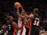 Miami Heat v New York Knicks: Amar'e Stoudemire, Dwyane Wade and Joel Anthony Photographic Print by Al Bello
