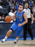 Dallas Mavericks v Oklahoma City Thunder: Jose Barea Lmina fotogrfica por Layne Murdoch