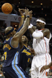 Denver Nuggets v Charlotte Bobcats: Al Harrington, Gary Forbes and Stephen Jackson Photographic Print by Streeter 
