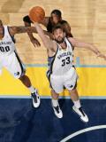 Miami Heat v Memphis Grizzlies: Marc Gasol and Chris Bosh Photographic Print by Joe Murphy