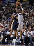Utah Jazz v Dallas Mavericks: Jason Kidd and Earl Watson Photographic Print by Danny Bollinger