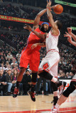 Los Angeles Clippers v Chicago Bulls: Baron Davis and Derrick Rose Photographic Print by Randy Belice