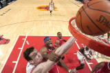 Los Angeles Clippers v Chicago Bulls: Omer Asik and Craig Smith Photographic Print by Randy Belice
