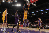 Sacramento Kings v Los Angeles Lakers: Kobe Bryant Photographic Print by Jeff Gross