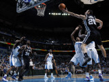 San Antonio Spurs v New Orleans Hornets: Manu Ginobili Photographic Print by Layne Murdoch