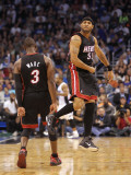 Miami Heat v Orlando Magic: Eddie House and Dwyane Wade Photographic Print by Mike Ehrmann