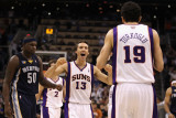 Memphis Grizzlies v Phoenix Suns: Steve Nash and Hedo Turkoglu Photographic Print by  Christian