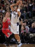 Chicago Bulls v Dallas Mavericks: Jason Kidd and Kyle Korver Photographic Print by Glenn James