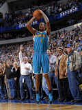 New Orleans Hornets v Dallas Mavericks: Trevor Ariza Photographic Print by Layne Murdoch