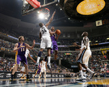 Los Angeles Lakers v Memphis Grizzlies: Kobe Bryant and Hasheem Thabeet Photographic Print by Joe Murphy