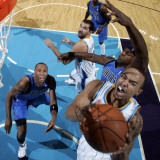 Dallas Mavericks v New Orleans Hornets: Jerryd Bayless Photographic Print by Layne Murdoch