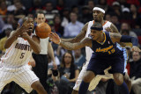 Denver Nuggets v Charlotte Bobcats: Carmelo Anthony, Dominic McGuire and Tyrus Thomas Photographic Print by  Streeter