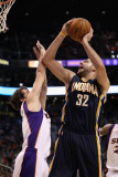 Indiana Pacers v Phoenix Suns: Josh McRoberts and Goran Dragic Photographic Print by Christian Petersen