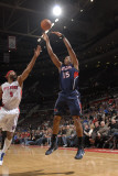 Atlanta Hawks v Detroit Pistons: Al Horford and Chris Wilcox Photographic Print by Allen Einstein