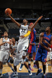 Detroit Pistons v Memphis Grizzlies: O.J Mayo, Charlie Villanueva and Tracy McGrady Photographic Print by Joe Murphy